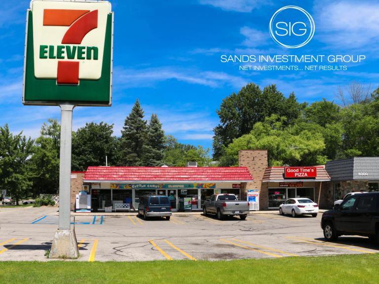 Close of Escrow: 7-Eleven in Midland, MI