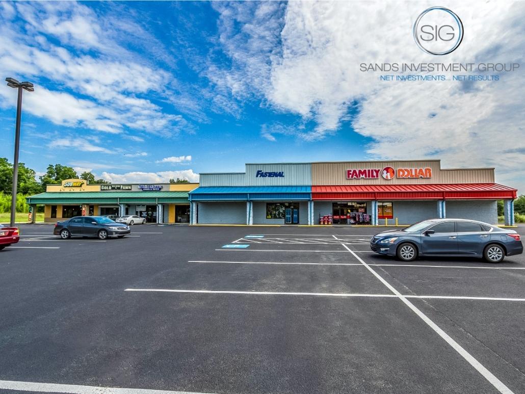 Family Dollar Anchored Shopping Center | Williston, SC