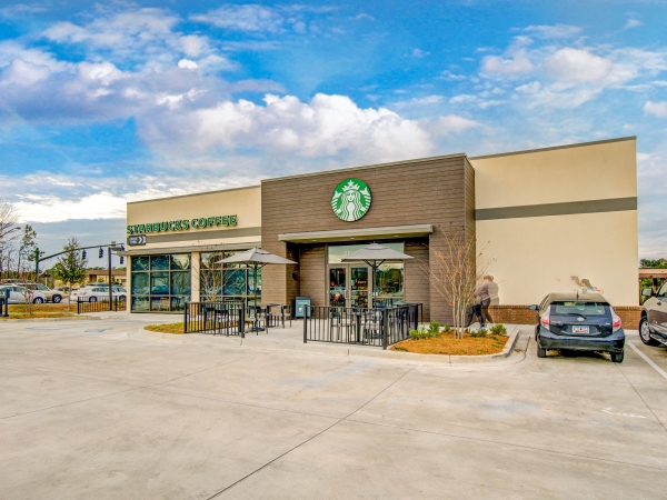 3 Things to Consider if You're Interested in a Starbucks NNN For Sale