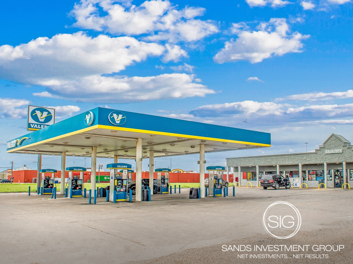 Valero Net Lease Absolute NNN Convenience Store Texas