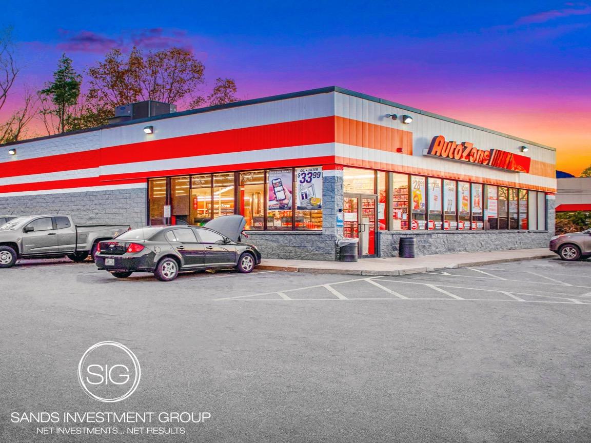AutoZone | Woonsocket, RI