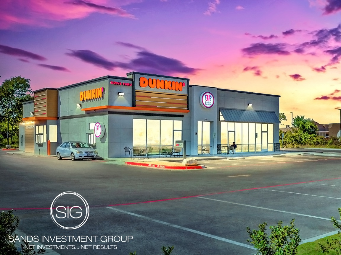 Dunkin' Anchored Strip Center | Waco, TX
