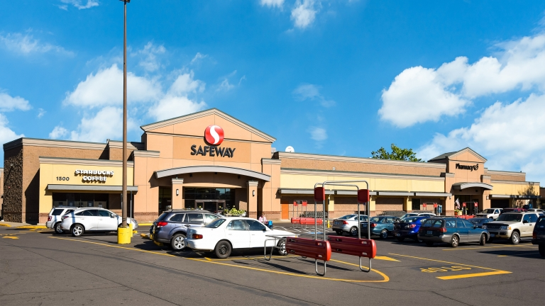 SIG Handles Safeway For Sale in Eugene, OR