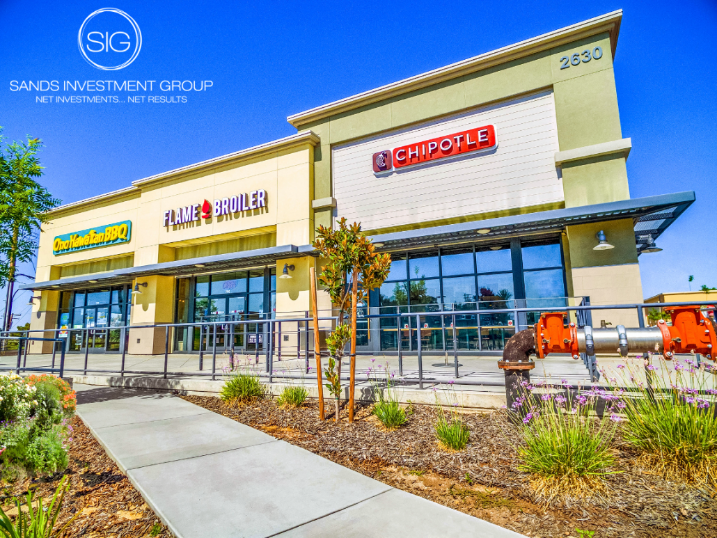 Mount Vernon Retail Center | Bakersfield, CA