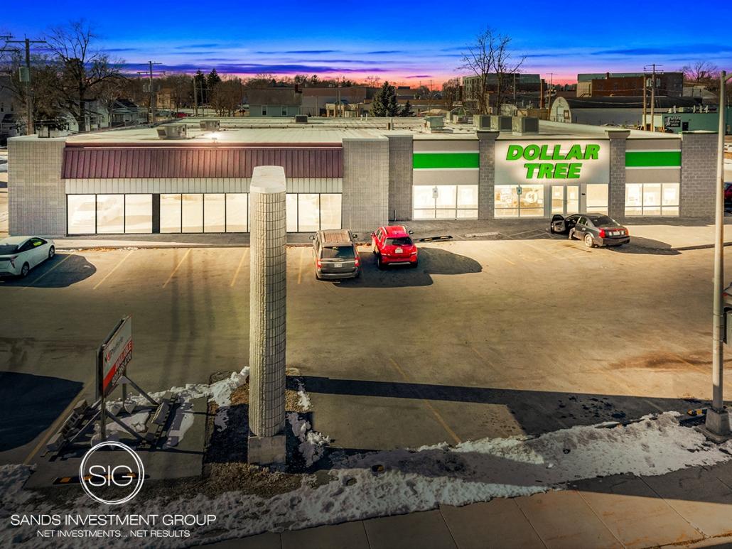 Dollar Tree & Vacancy | Appleton, WI