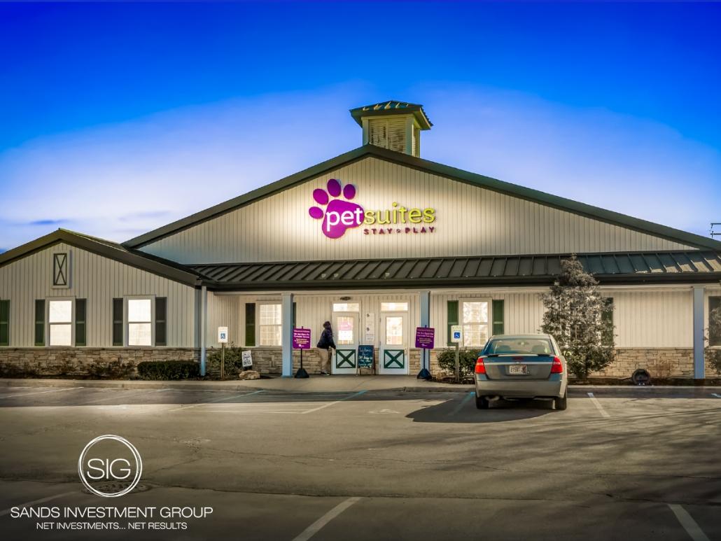 NVA – PetSuites   Lexington, KY