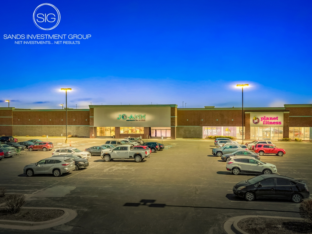 JOANN & Planet Fitness | Overland Park, KS