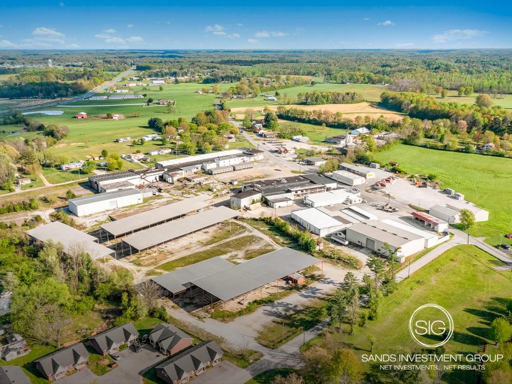 14 Acres of Developed Land   Lafayette, TN