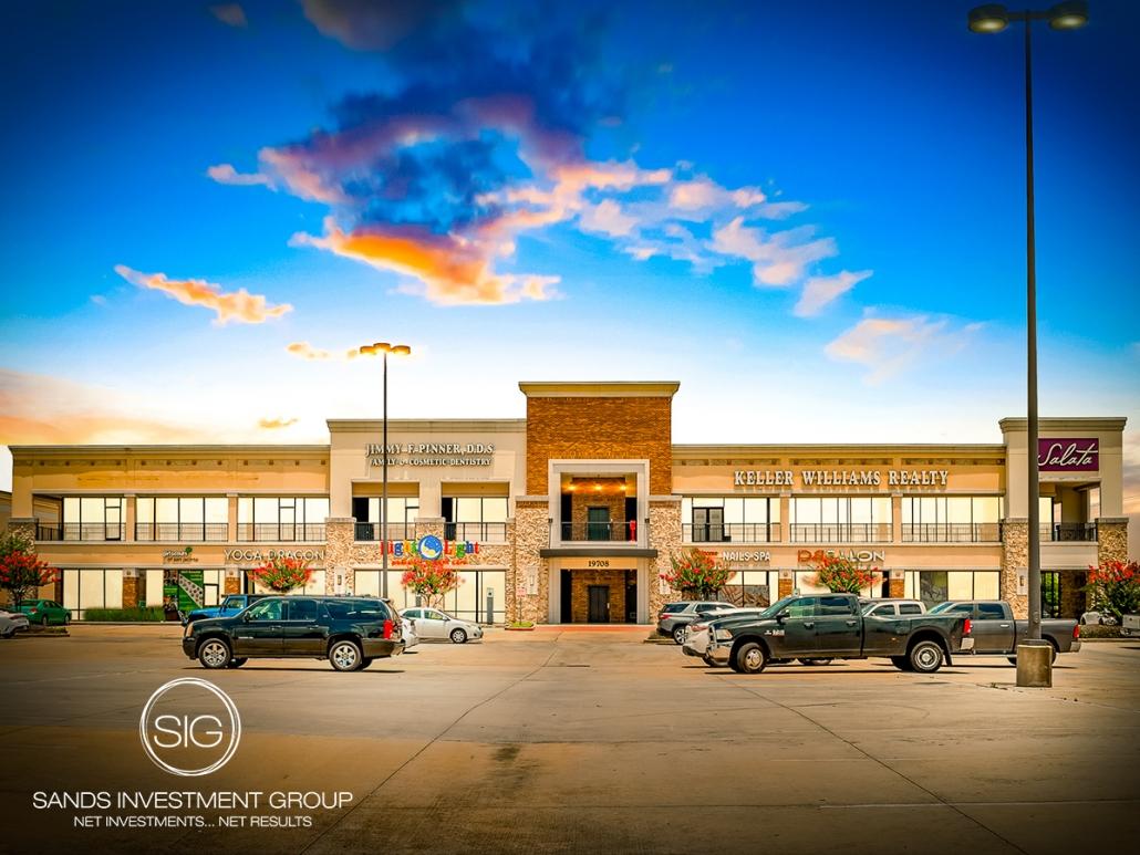 Crossroads Plaza | Jersey Village, TX
