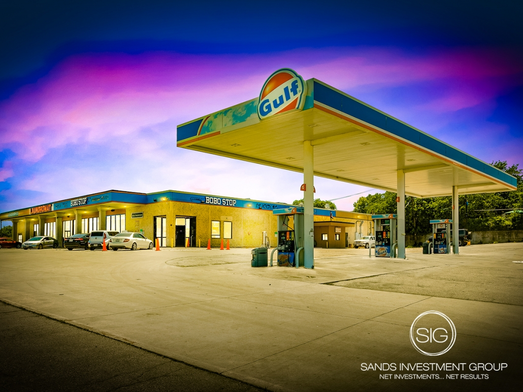 Gas Station Anchored Retail Center | Fort Worth, TX