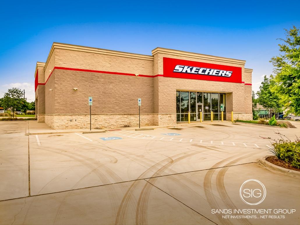 Skechers   Arlington, TX