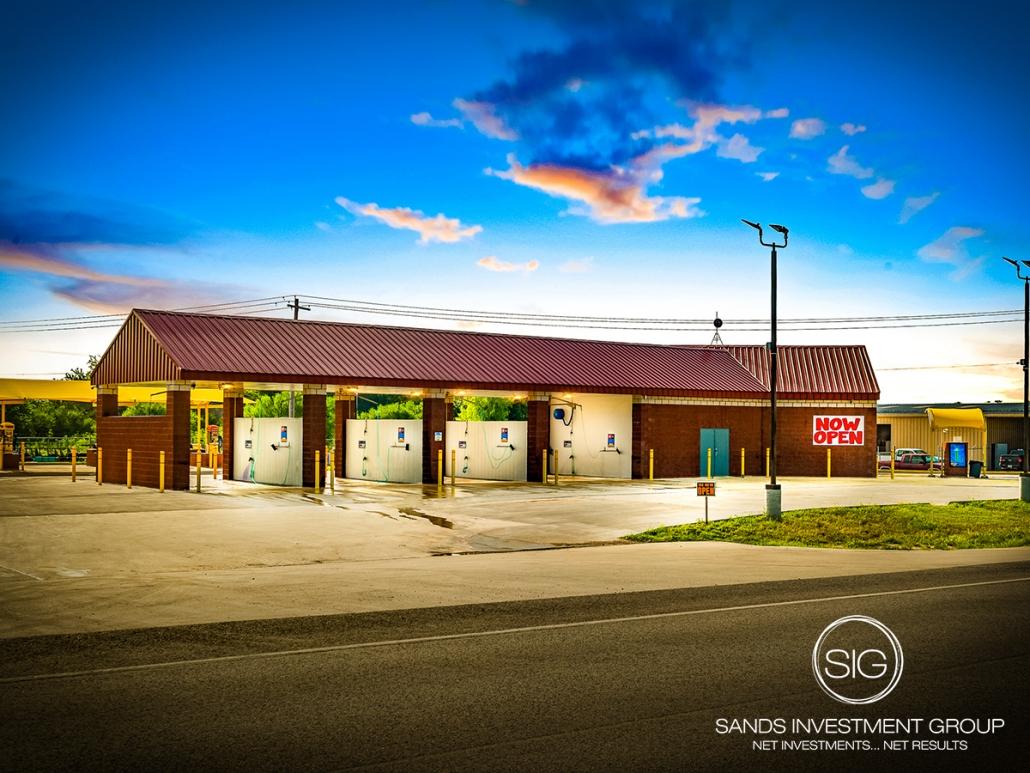 Kenedy Supreme Car Wash   Kenedy, TX